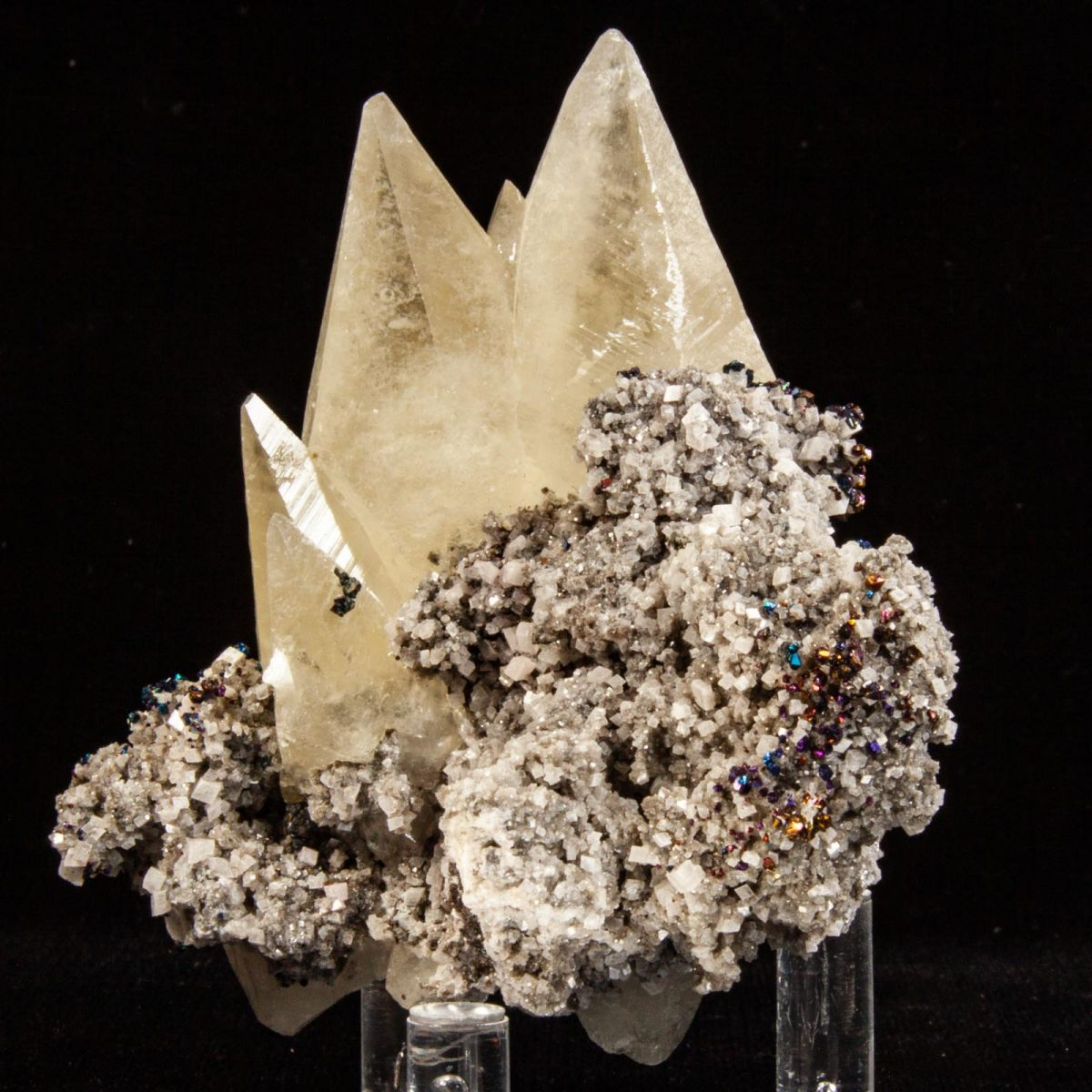 Calcite with Chalcopyrite and Dolomite